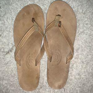 Rainbow 🌈 brand leather sandals.